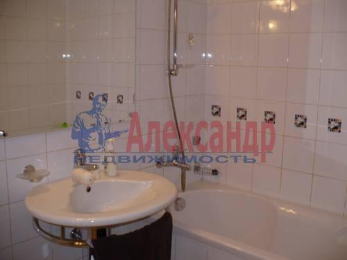 3-комнатная квартира (70м2) в аренду по адресу Невский пр., 100— фото 4 из 6