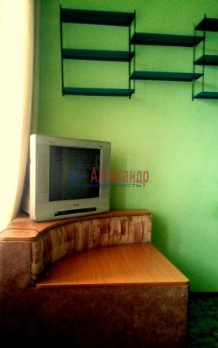 Комната в 2-комнатной квартире (36м2) в аренду по адресу Салова ул., 20— фото 3 из 3