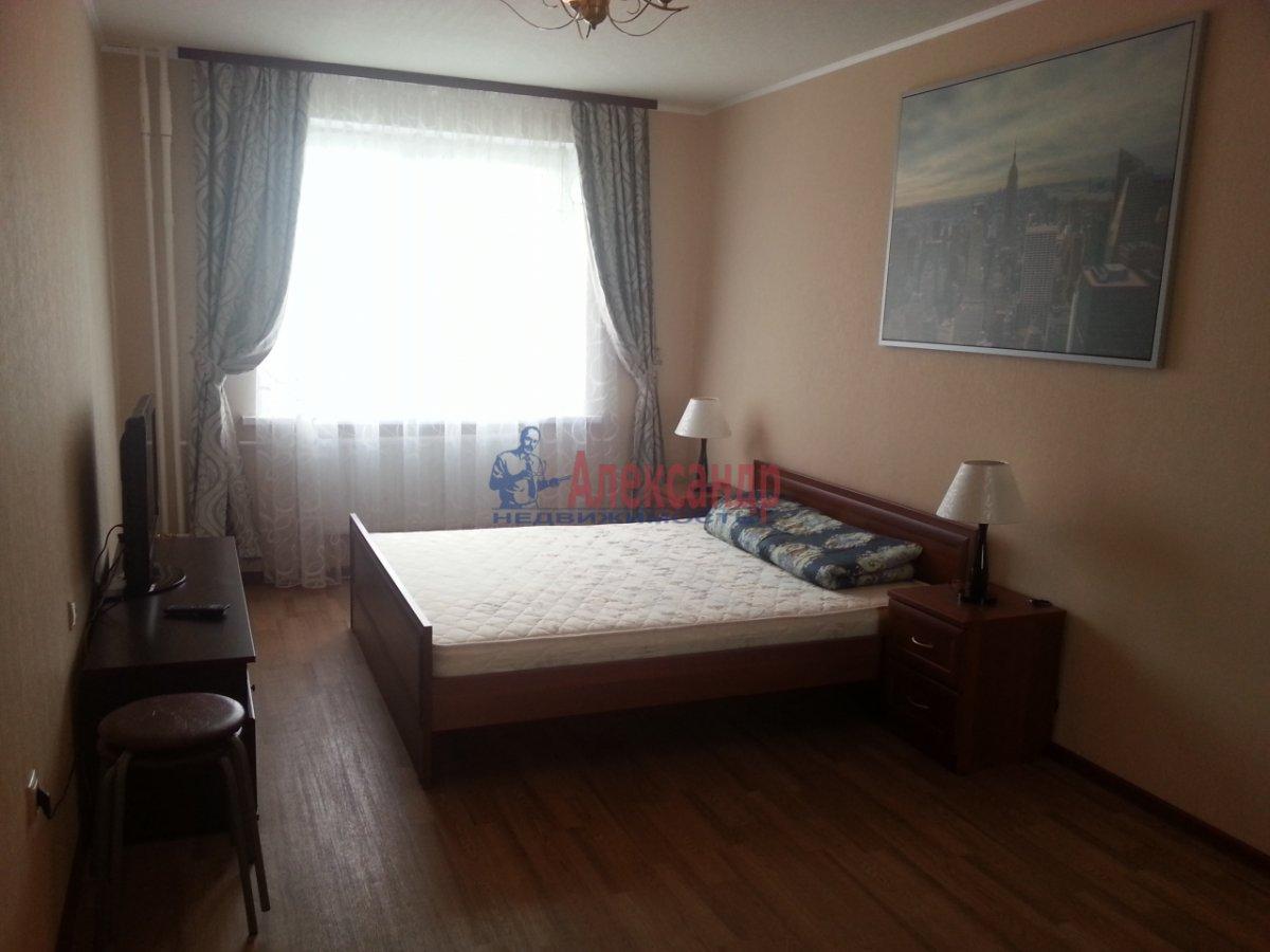 2-комнатная квартира (58м2) в аренду по адресу Асафьева ул., 5— фото 1 из 7