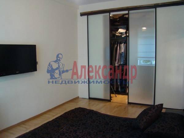 3-комнатная квартира (70м2) в аренду по адресу Московский просп., 192— фото 4 из 9