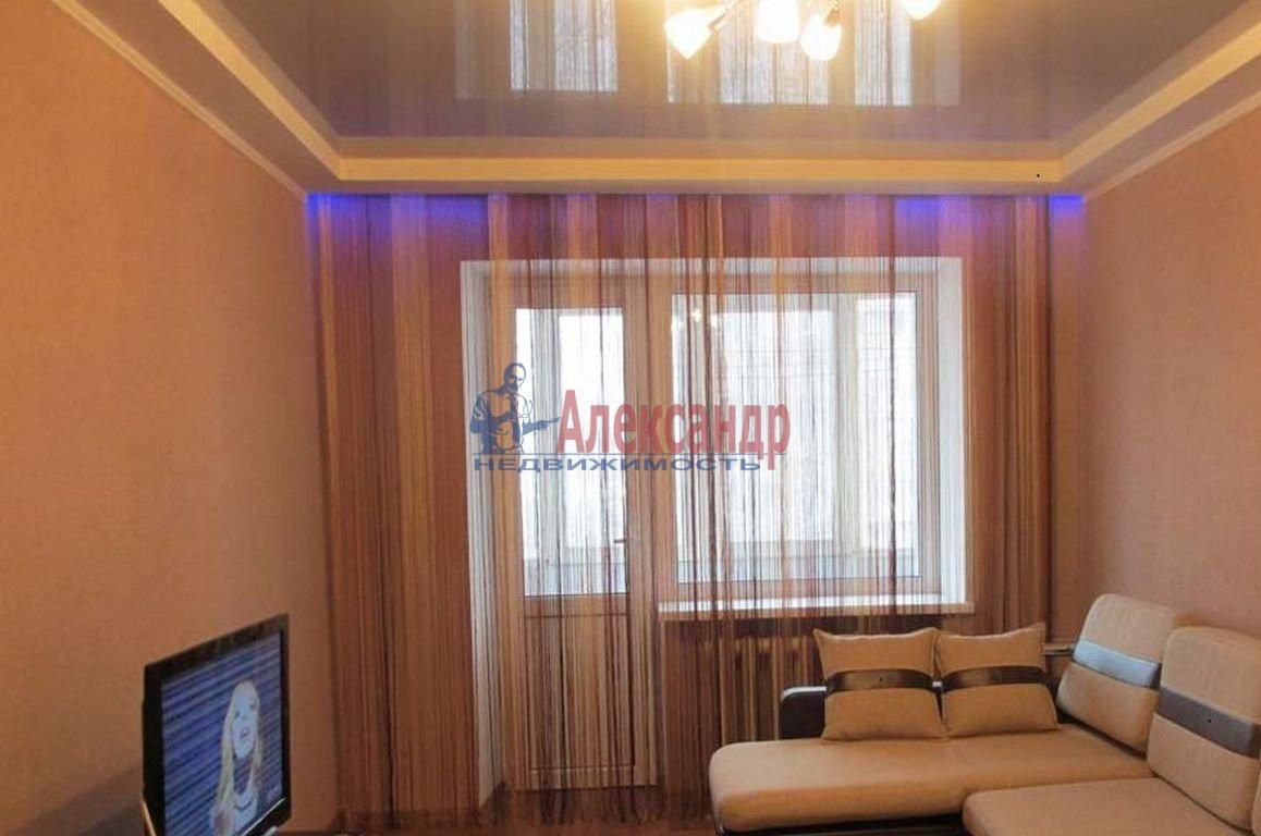 2-комнатная квартира (59м2) в аренду по адресу Мурино пос., Привокзальная пл., 5— фото 1 из 4