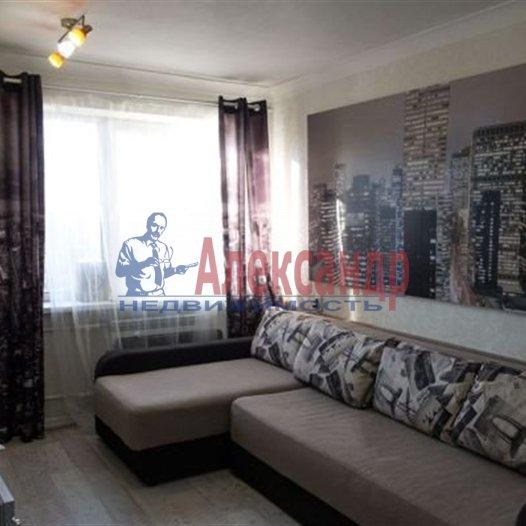 1-комнатная квартира (41м2) в аренду по адресу Науки пр., 63— фото 3 из 7