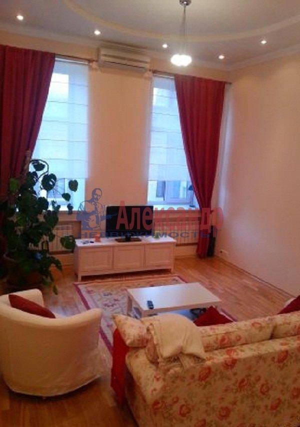 2-комнатная квартира (47м2) в аренду по адресу Рубинштейна ул., 15— фото 1 из 9