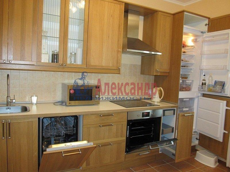 1-комнатная квартира (42м2) в аренду по адресу Ярослава Гашека ул., 15— фото 5 из 7