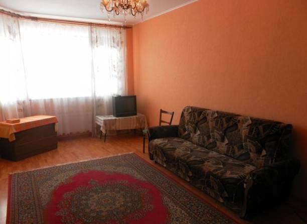 1-комнатная квартира (30м2) в аренду по адресу Рашетова ул., 5— фото 1 из 5