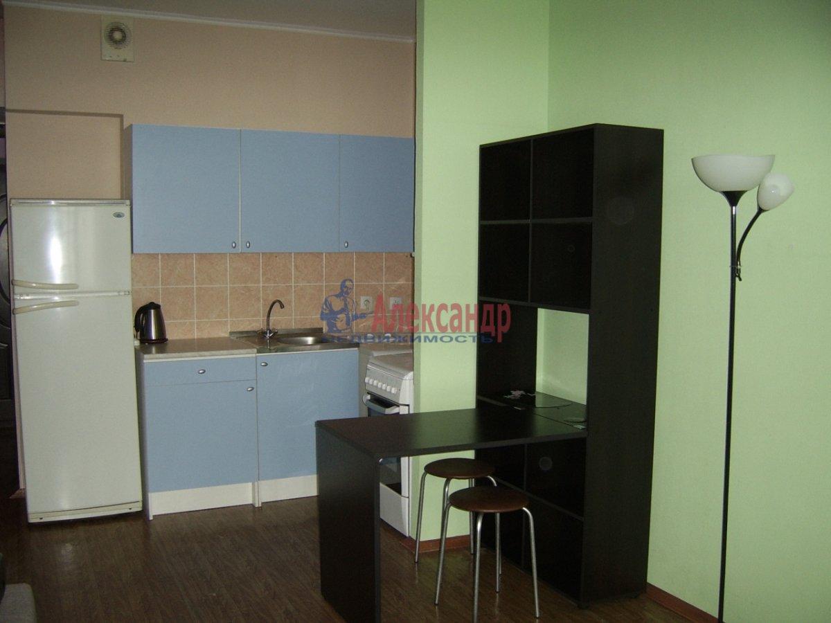 1-комнатная квартира (30м2) в аренду по адресу Гражданский пр., 106— фото 2 из 7