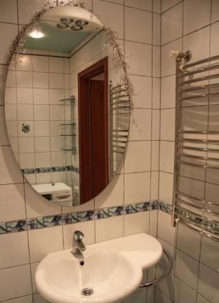 2-комнатная квартира (73м2) в аренду по адресу Новаторов бул., 8— фото 5 из 5