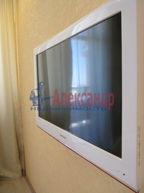 1-комнатная квартира (51м2) в аренду по адресу Большая Посадская ул., 12— фото 4 из 9