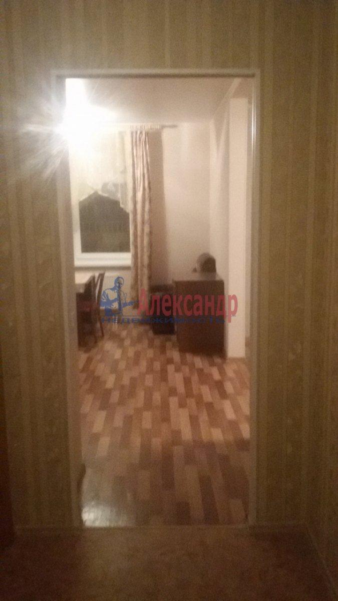 1-комнатная квартира (50м2) в аренду по адресу Бухарестская ул., 80— фото 4 из 8
