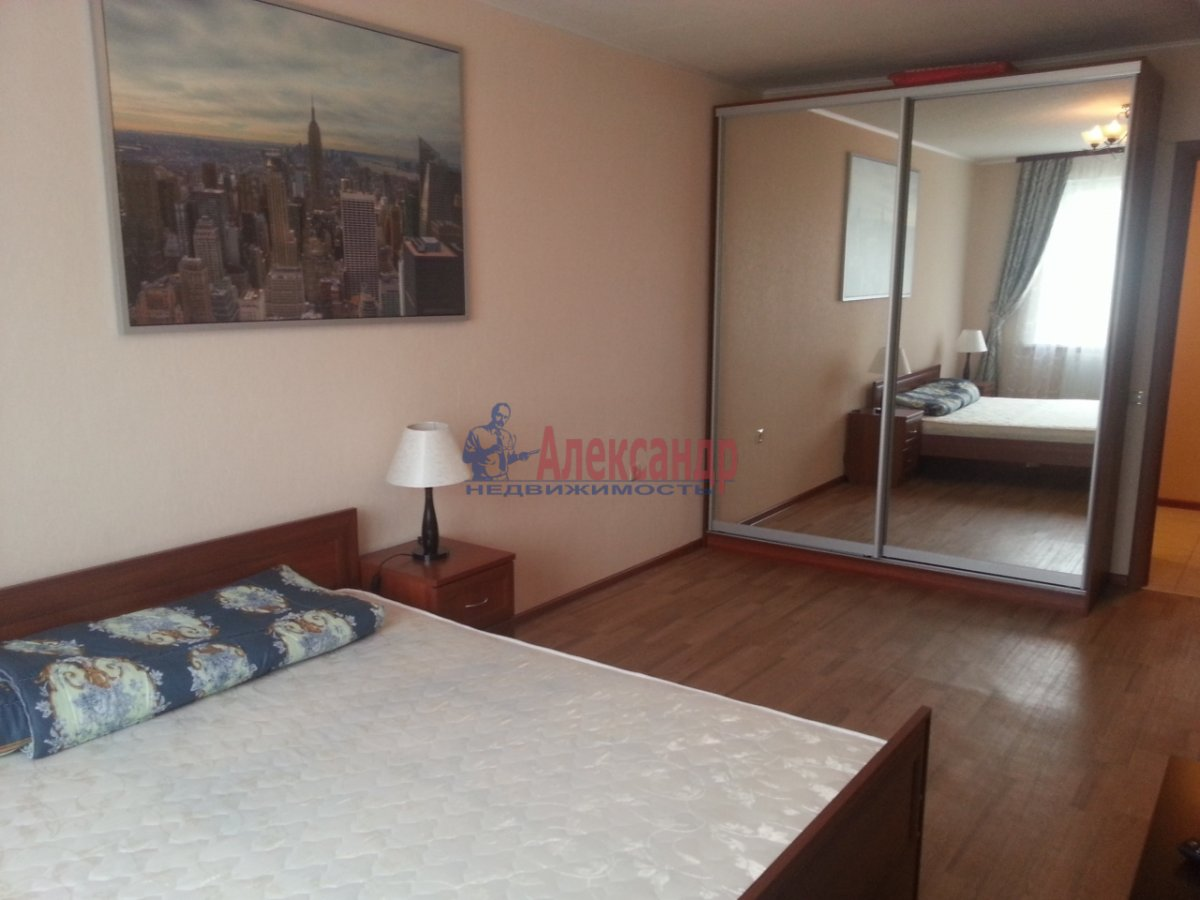2-комнатная квартира (58м2) в аренду по адресу Асафьева ул., 5— фото 2 из 7