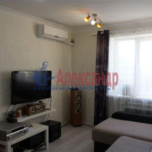 1-комнатная квартира (41м2) в аренду по адресу Науки пр., 63— фото 2 из 7