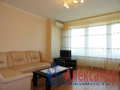 3-комнатная квартира (95м2) в аренду по адресу Асафьева ул., 5— фото 4 из 10