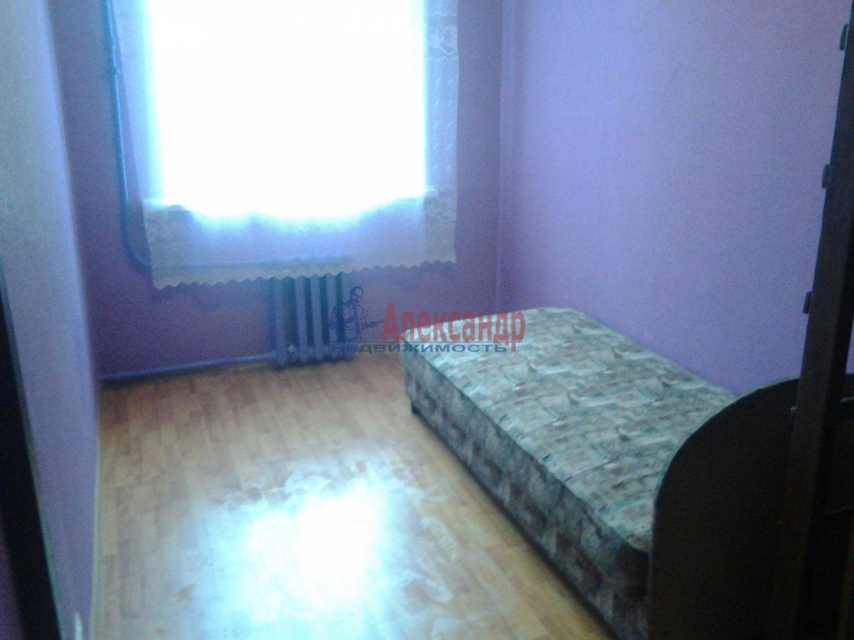 Комната в 4-комнатной квартире (50м2) в аренду по адресу Подольская ул., 5— фото 1 из 3