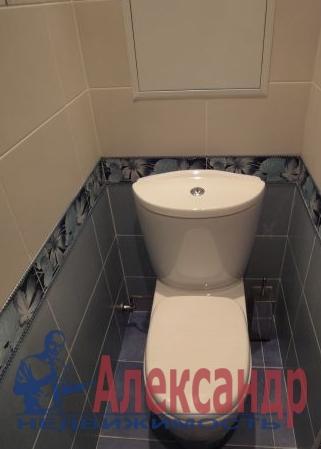 1-комнатная квартира (46м2) в аренду по адресу Ушинского ул., 2— фото 3 из 3