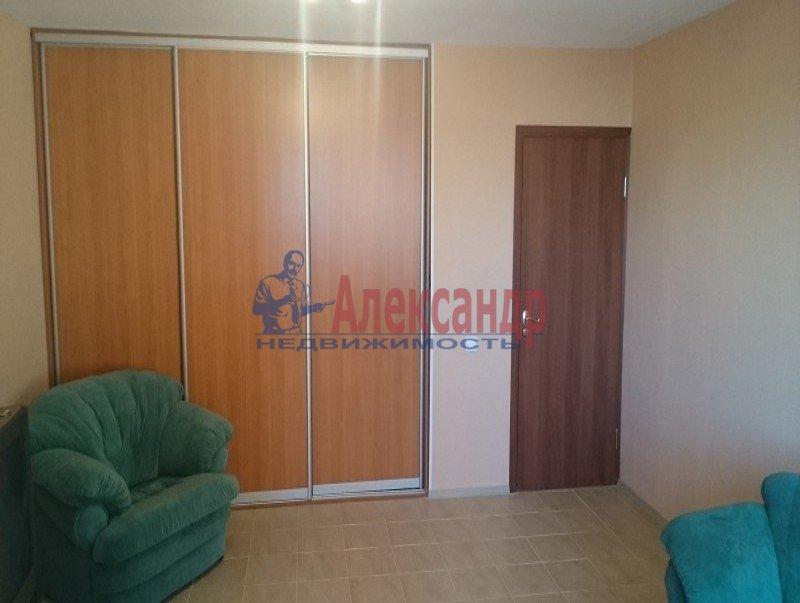 2-комнатная квартира (54м2) в аренду по адресу Ярослава Гашека ул., 15— фото 5 из 10