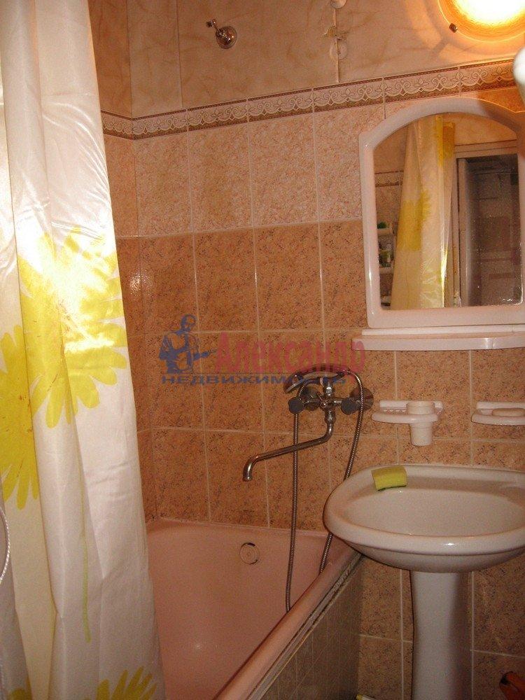 2-комнатная квартира (45м2) в аренду по адресу Черкасова ул., 6— фото 4 из 4