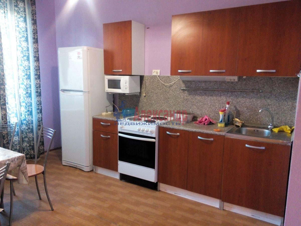 3-комнатная квартира (86м2) в аренду по адресу Партизана Германа ул., 13— фото 1 из 8