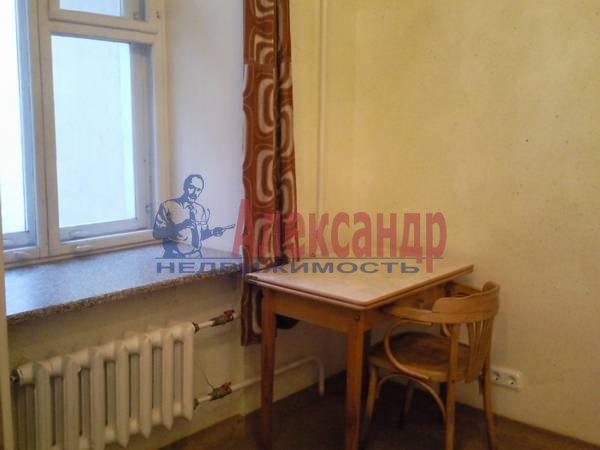 1-комнатная квартира (36м2) в аренду по адресу Моисеенко ул., 23— фото 3 из 4