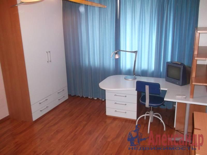 3-комнатная квартира (100м2) в аренду по адресу Космонавтов просп., 61— фото 10 из 10