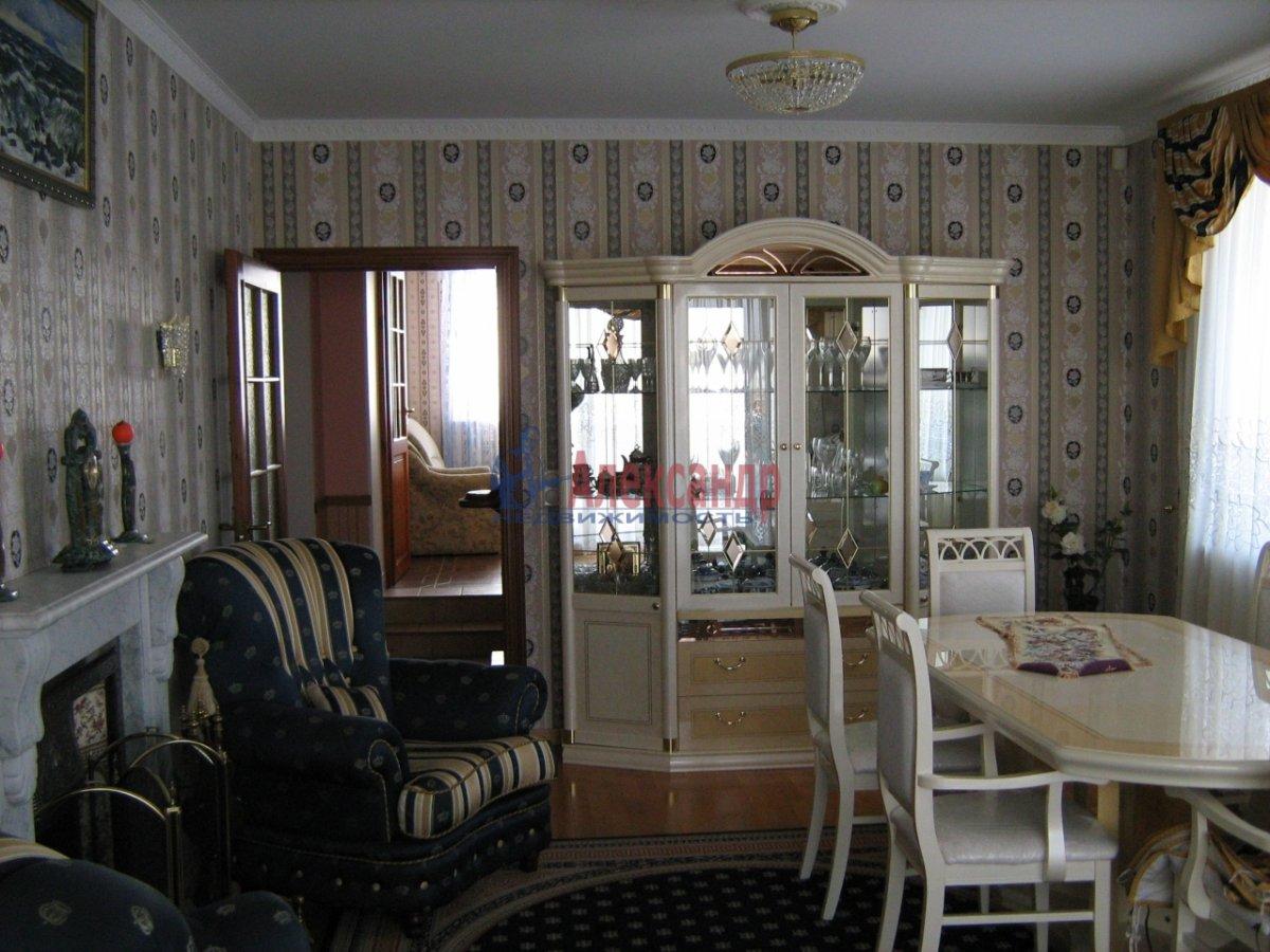 3-комнатная квартира (80м2) в аренду по адресу Тореза пр.— фото 2 из 3