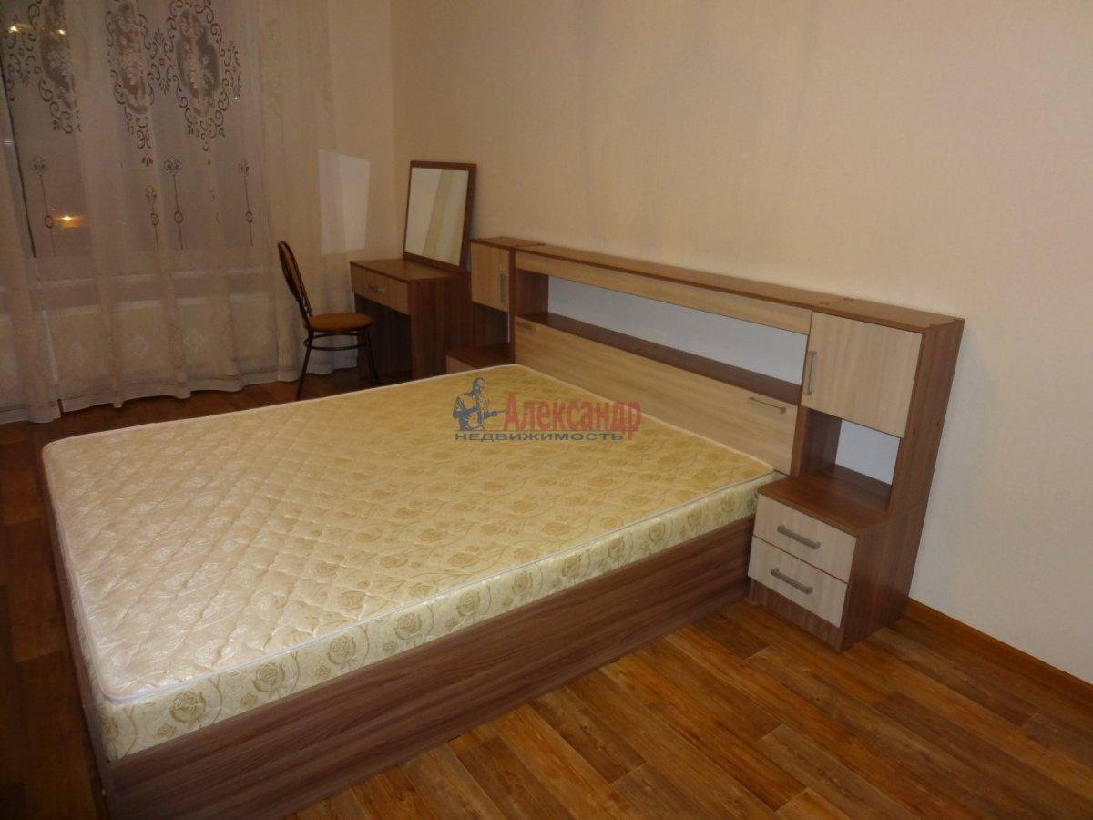 2-комнатная квартира (57м2) в аренду по адресу Южное шос., 53— фото 4 из 7