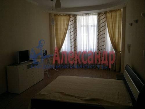 2-комнатная квартира (63м2) в аренду по адресу Казанская ул., 34— фото 3 из 6