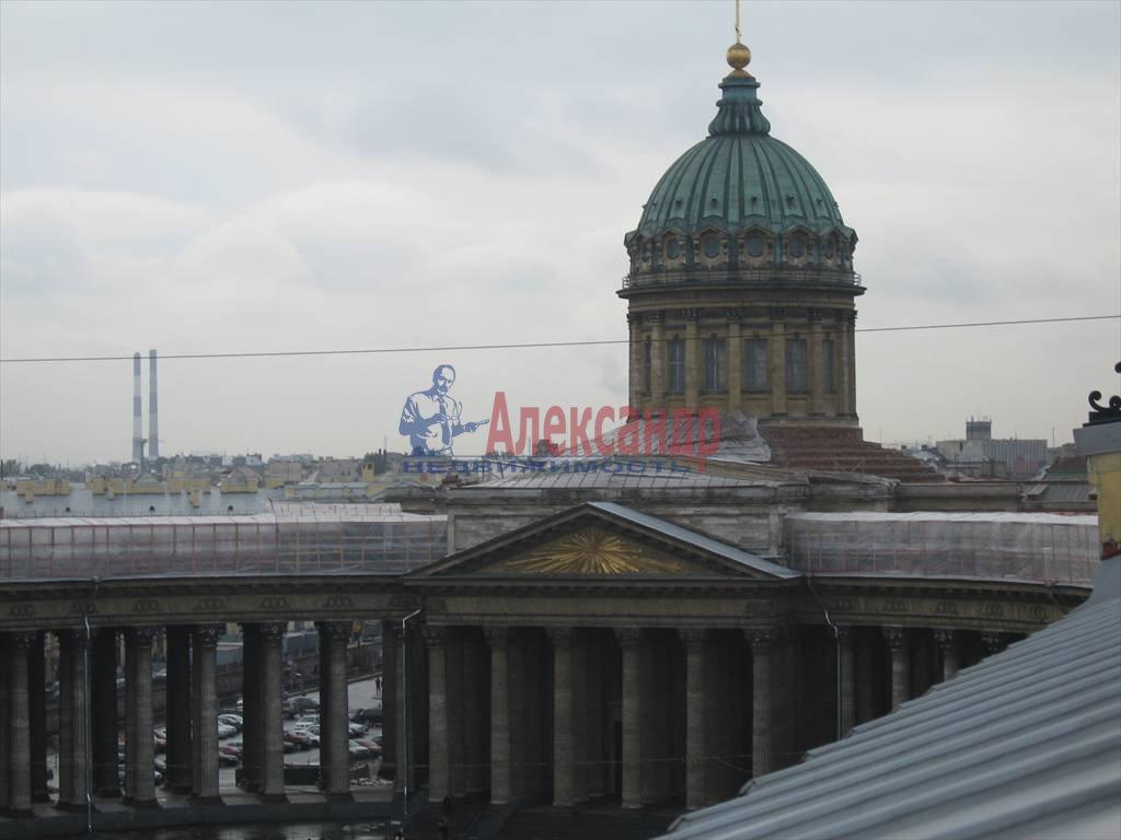 4-комнатная квартира (200м2) в аренду по адресу Малая Конюшенная ул., 5— фото 2 из 4
