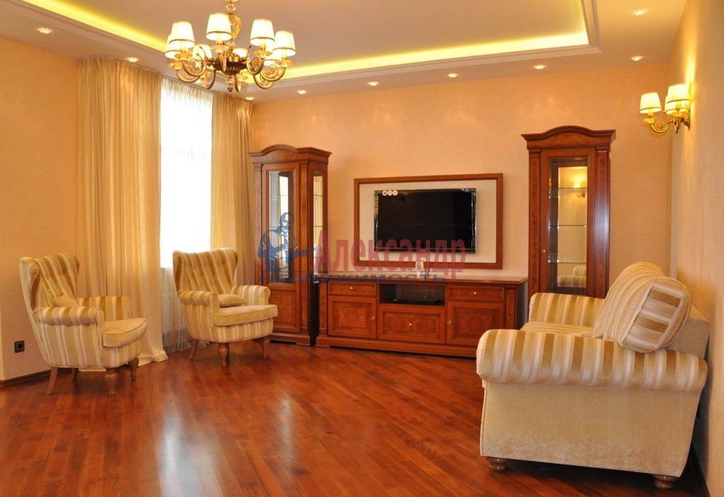 2-комнатная квартира (78м2) в аренду по адресу Конногвардейский бул., 13— фото 1 из 5