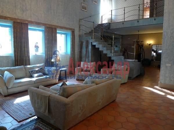 Дом (530м2) в аренду — фото 1 из 8