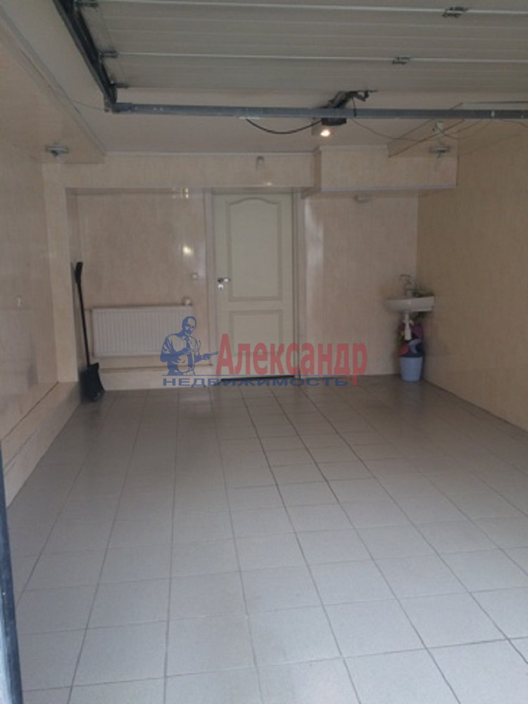 4-комнатная квартира (167м2) в аренду по адресу Репищева ул., 4— фото 17 из 18
