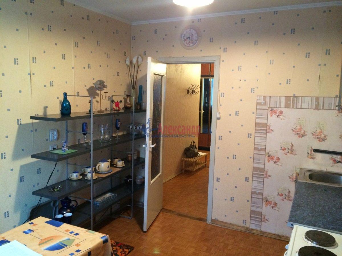 1-комнатная квартира (35м2) в аренду по адресу Пловдивская ул., 10— фото 1 из 2