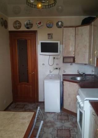 1-комнатная квартира (32м2) в аренду по адресу Бухарестская ул., 39— фото 2 из 2