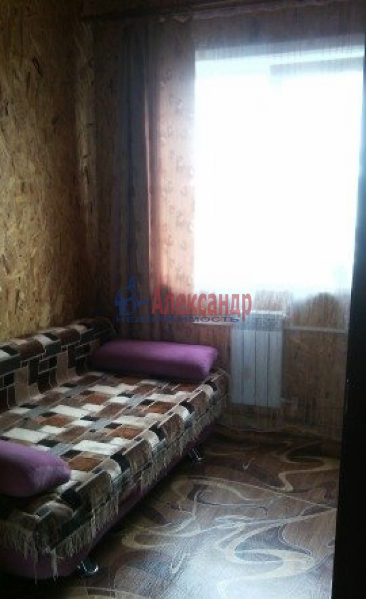 Комната в 2-комнатной квартире (80м2) в аренду по адресу Средний В.О. пр., 76— фото 1 из 5