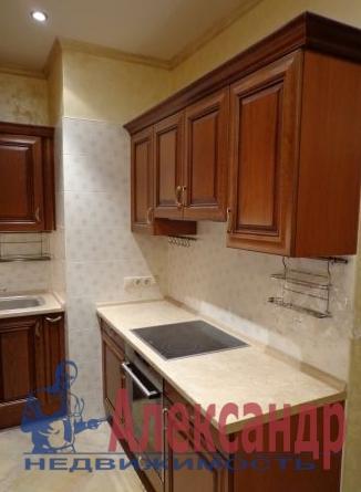 3-комнатная квартира (80м2) в аренду по адресу Куйбышева ул., 22— фото 2 из 2