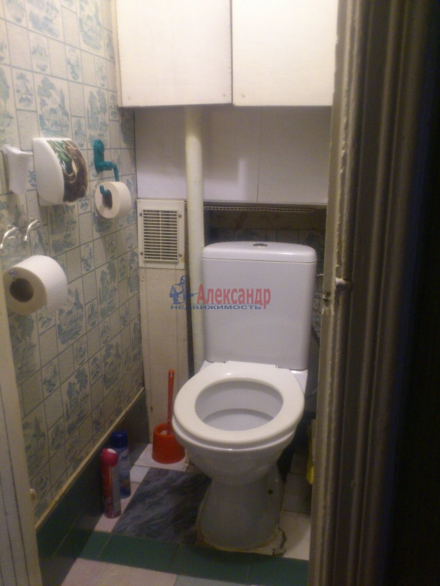 Комната в 3-комнатной квартире (80м2) в аренду по адресу Московский пр., 61— фото 10 из 13