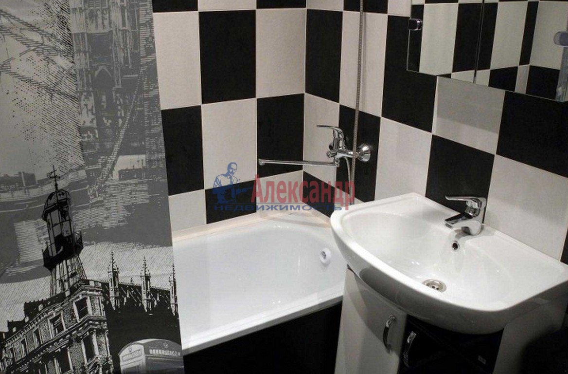 1-комнатная квартира (35м2) в аренду по адресу Дунайский пр., 14— фото 3 из 4