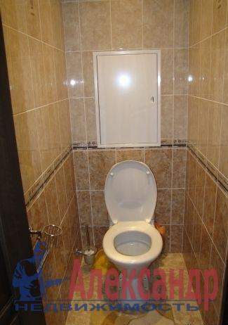 2-комнатная квартира (61м2) в аренду по адресу Обуховской Обороны пр., 110— фото 4 из 5
