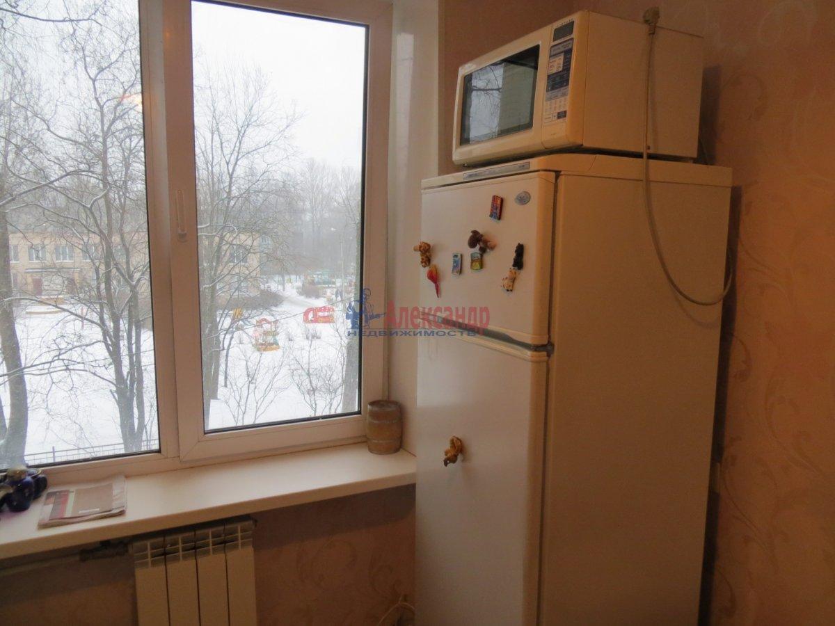 1-комнатная квартира (35м2) в аренду по адресу Есенина ул., 1— фото 2 из 9