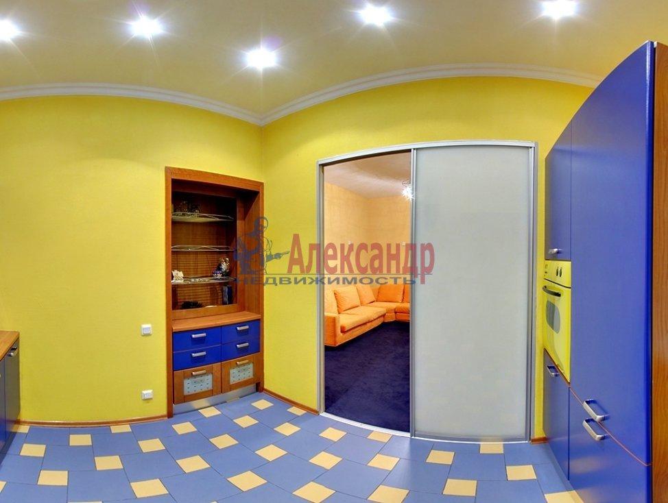 1-комнатная квартира (40м2) в аренду по адресу Островского пл., 9— фото 2 из 4