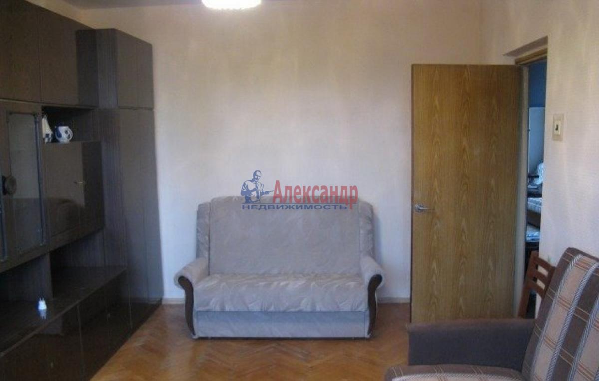 1-комнатная квартира (43м2) в аренду по адресу Коломяжский пр., 20— фото 1 из 5