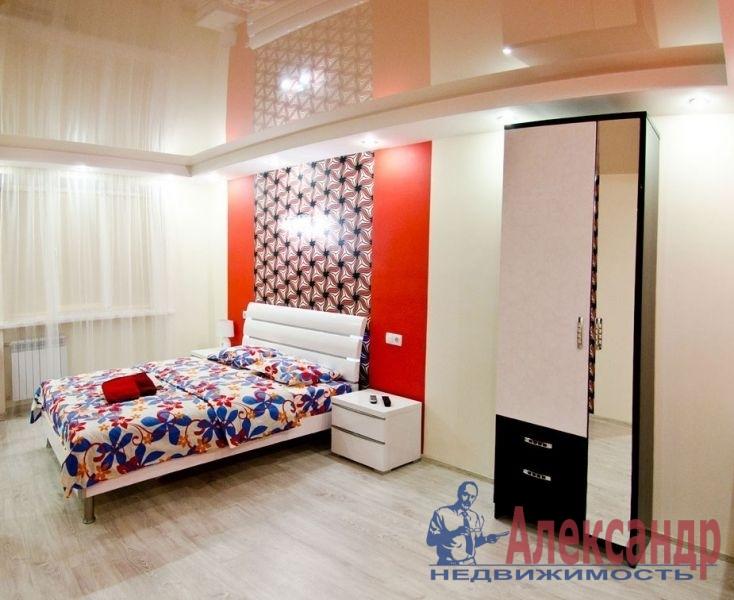 1-комнатная квартира (41м2) в аренду по адресу Шлиссельбургский пр., 37— фото 1 из 3