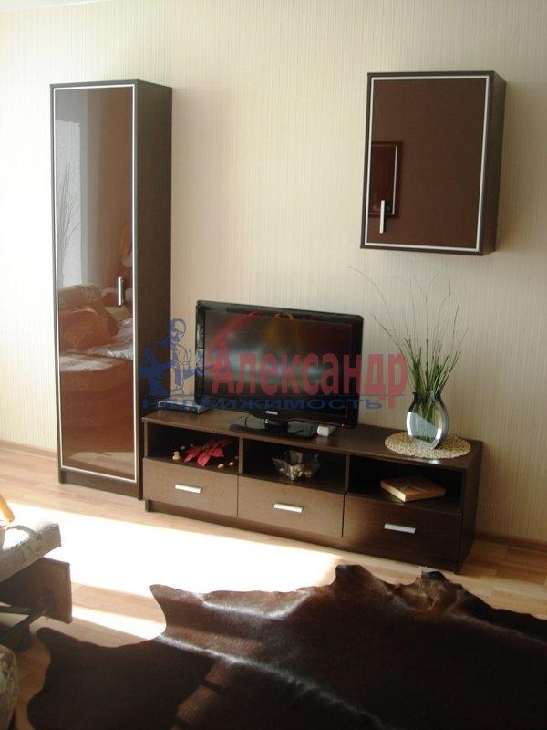 1-комнатная квартира (45м2) в аренду по адресу Варшавская ул., 23— фото 7 из 9