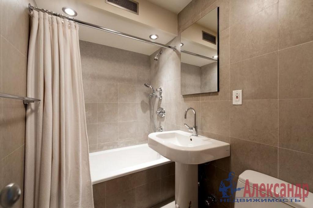 2-комнатная квартира (60м2) в аренду по адресу Ленсовета ул., 88— фото 4 из 4