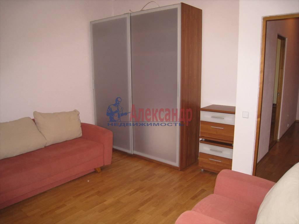 3-комнатная квартира (78м2) в аренду по адресу Крестьянский пер., 4а— фото 2 из 9