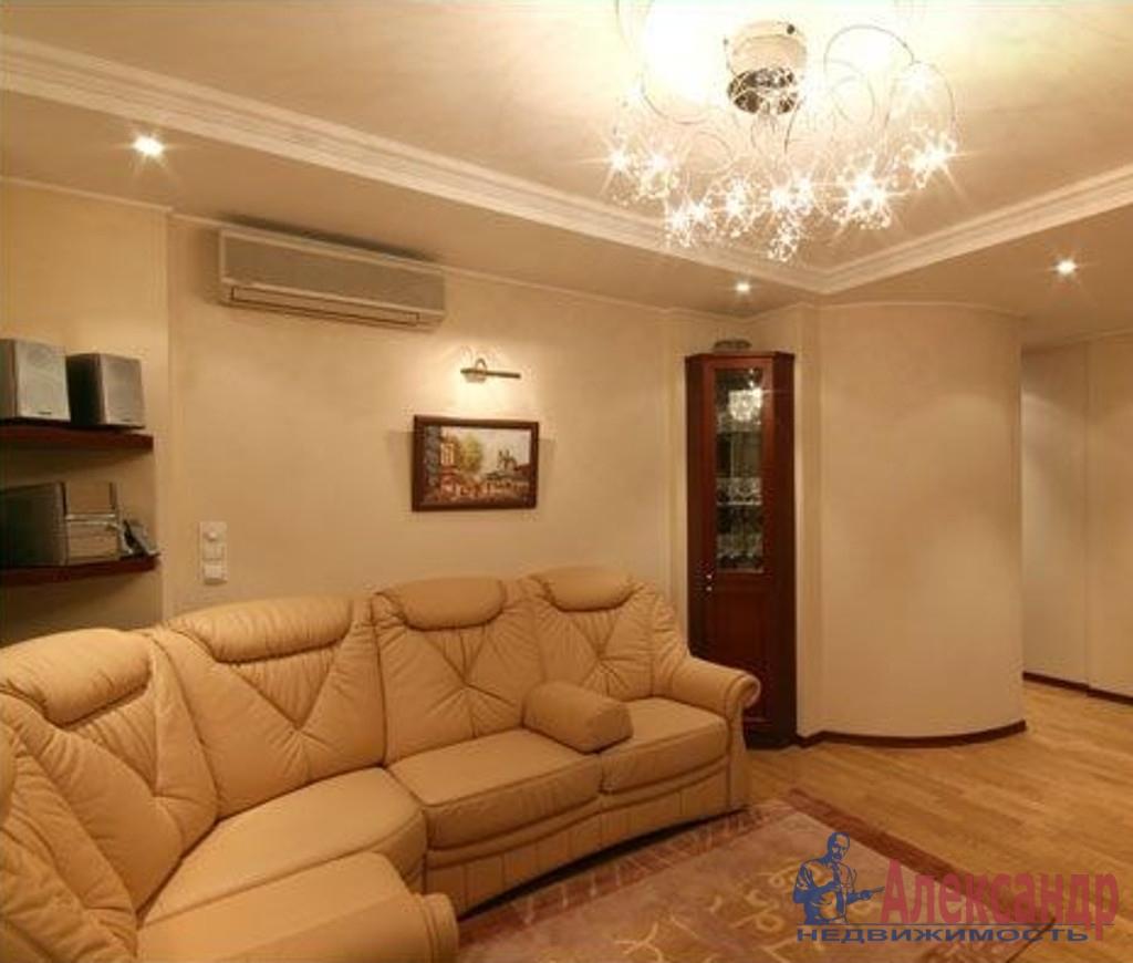 3-комнатная квартира (136м2) в аренду по адресу Большая Морская ул., 13— фото 1 из 4