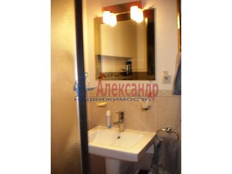 3-комнатная квартира (92м2) в аренду по адресу Клочков пер., 6— фото 7 из 9