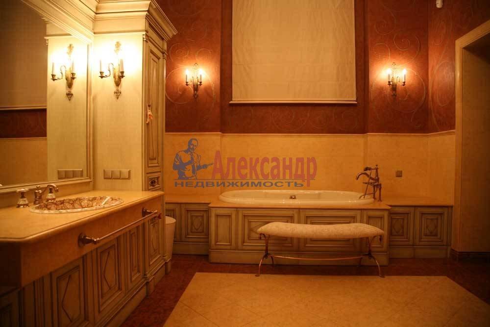 5-комнатная квартира (220м2) в аренду по адресу Каменноостровский пр., 1/3— фото 5 из 8
