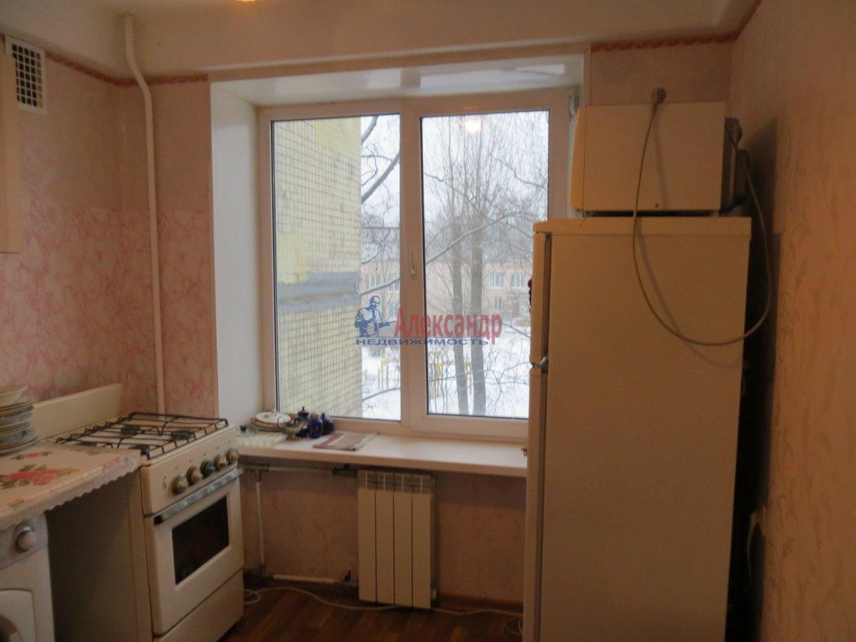 1-комнатная квартира (35м2) в аренду по адресу Есенина ул., 1— фото 3 из 9