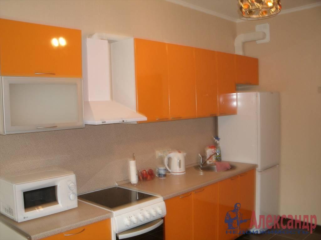 1-комнатная квартира (43м2) в аренду по адресу Новаторов бул., 8— фото 1 из 10