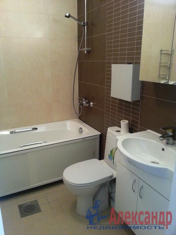 2-комнатная квартира (57м2) в аренду по адресу Науки пр., 17— фото 3 из 10